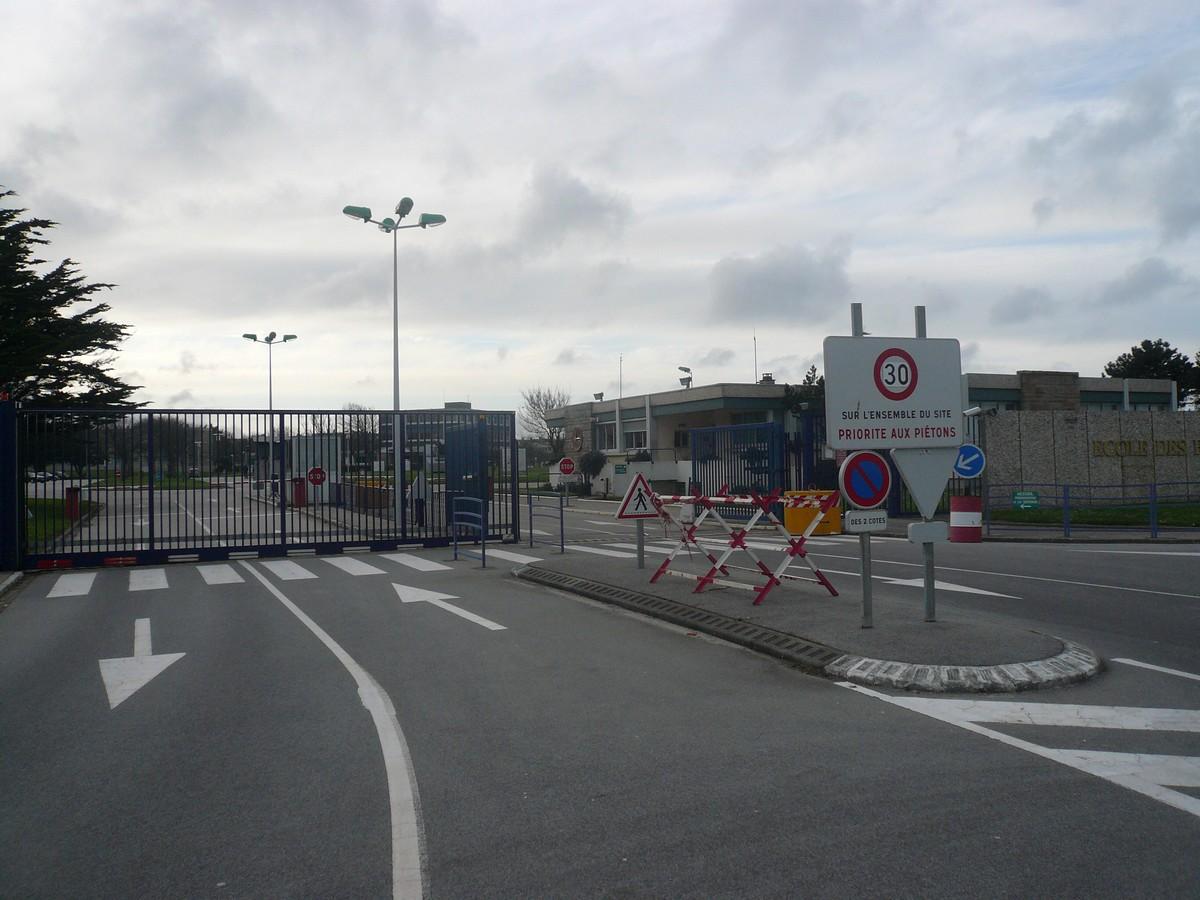 [Divers écoles de spécialité] École des Fourriers de Querqueville (50) P1090013
