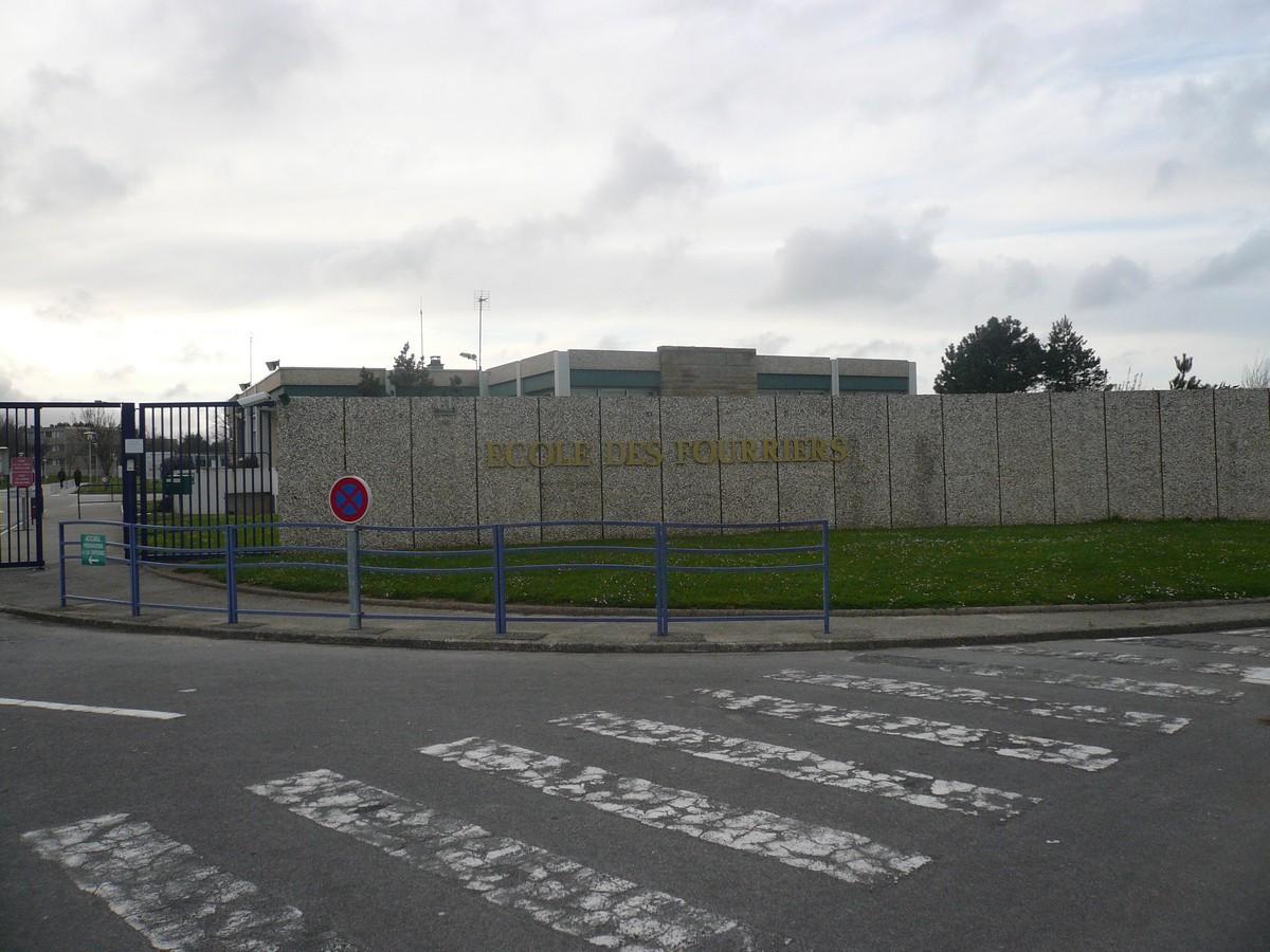 [Divers écoles de spécialité] École des Fourriers de Querqueville (50) P1090014