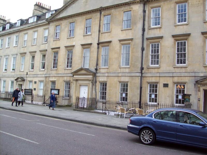 Logements à Bath de mesdames de Polignac et  Lamballe. - Page 2 100_0910