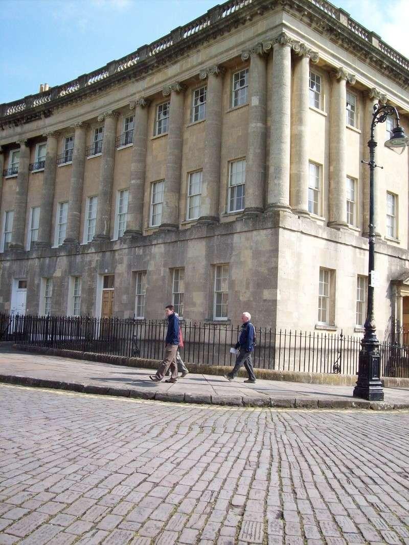 Logements à Bath de mesdames de Polignac et  Lamballe. - Page 2 100_0911