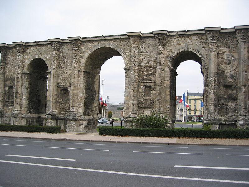 Antiquités romaines sous l'oeil de Google Earth 800px-10