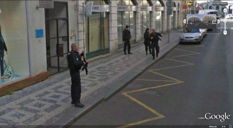 STREET VIEW : la Police en action Plice_10