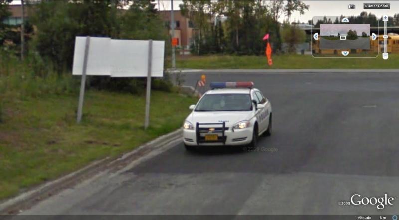STREET VIEW : véhicules de police du monde - Page 2 Police15