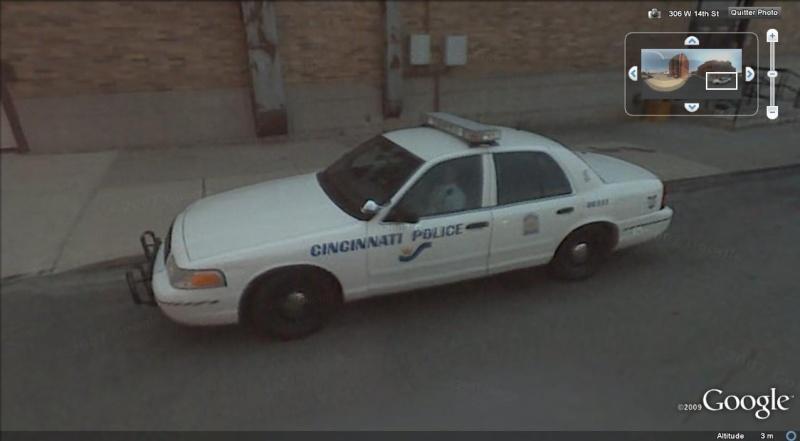 STREET VIEW : véhicules de police du monde - Page 2 Police17