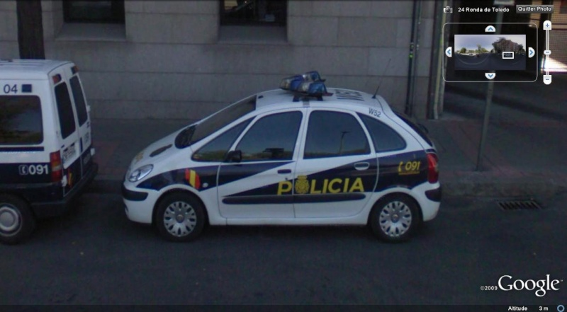 STREET VIEW : véhicules de police du monde - Page 2 Police19