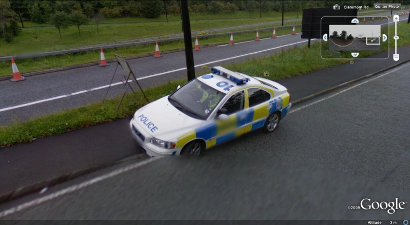 STREET VIEW : véhicules de police du monde - Page 3 Police21