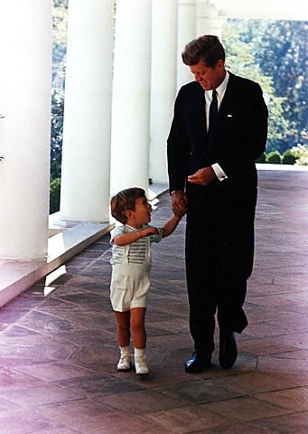 La légende des Kennedy Family10