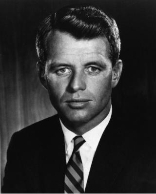La légende des Kennedy Robert11