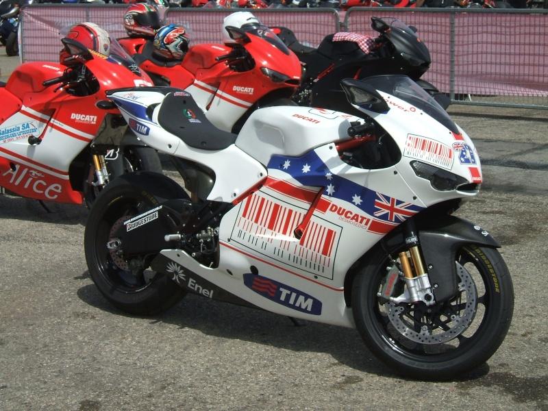 World Ducati Week - Page 2 Dscf2337