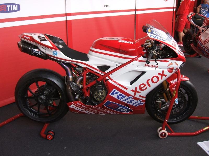 World Ducati Week - Page 2 Dscf2347