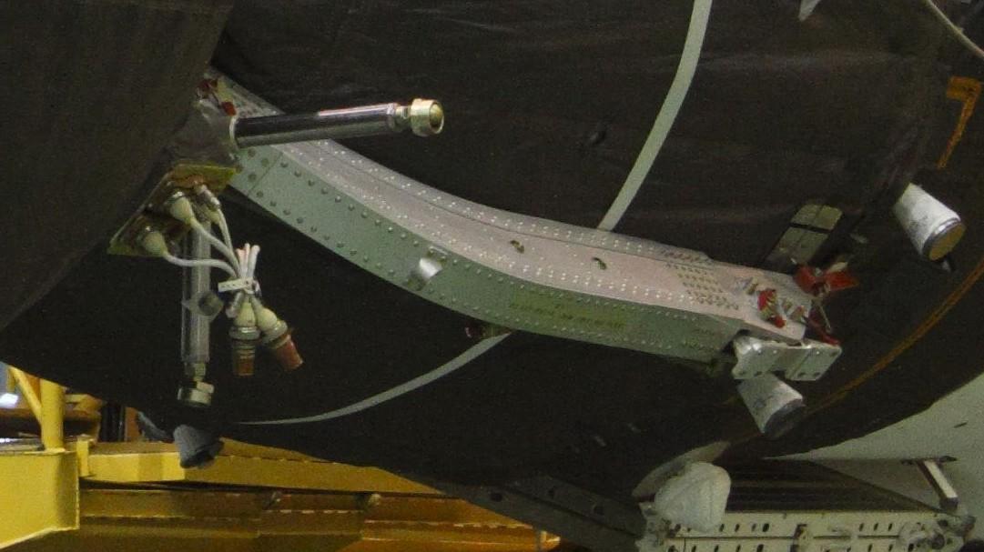 Le système d'éjection SAS du vaisseau Soyouz Bras0010