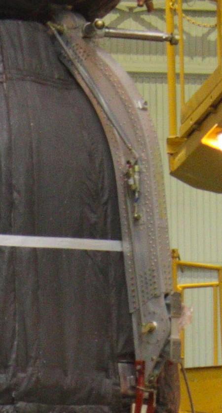 Le système d'éjection SAS du vaisseau Soyouz Bras0011