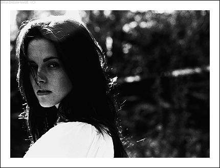 JENAE W. ▬ I don't think, I feel. Kris_s10