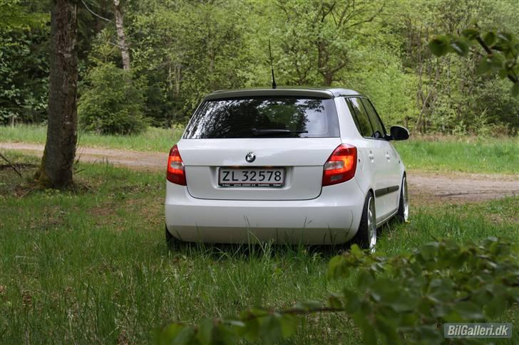 Skoda German - Page 2 86933510