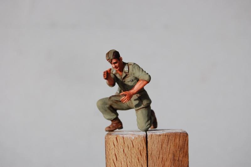 Sur la route de Tobruk (2) Tamiya et scratch - 1/35e Figuri13