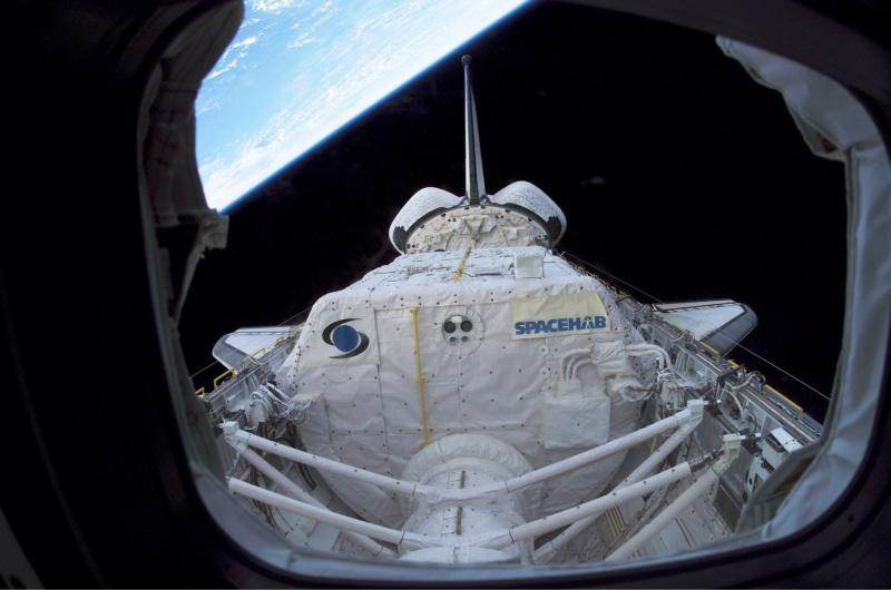 Pourquoi la navette spatiale décolle à la verticale ?  Spaceh10