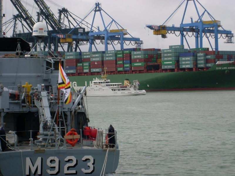 Zeebrugge naval base : news - Page 20 00214