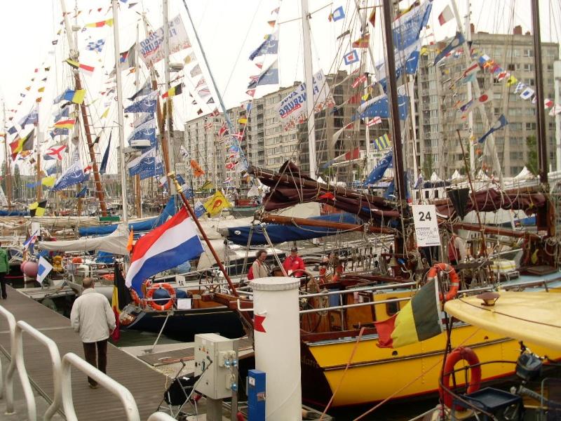 Oostende voor Anker - Oostende à l'ancre 00516