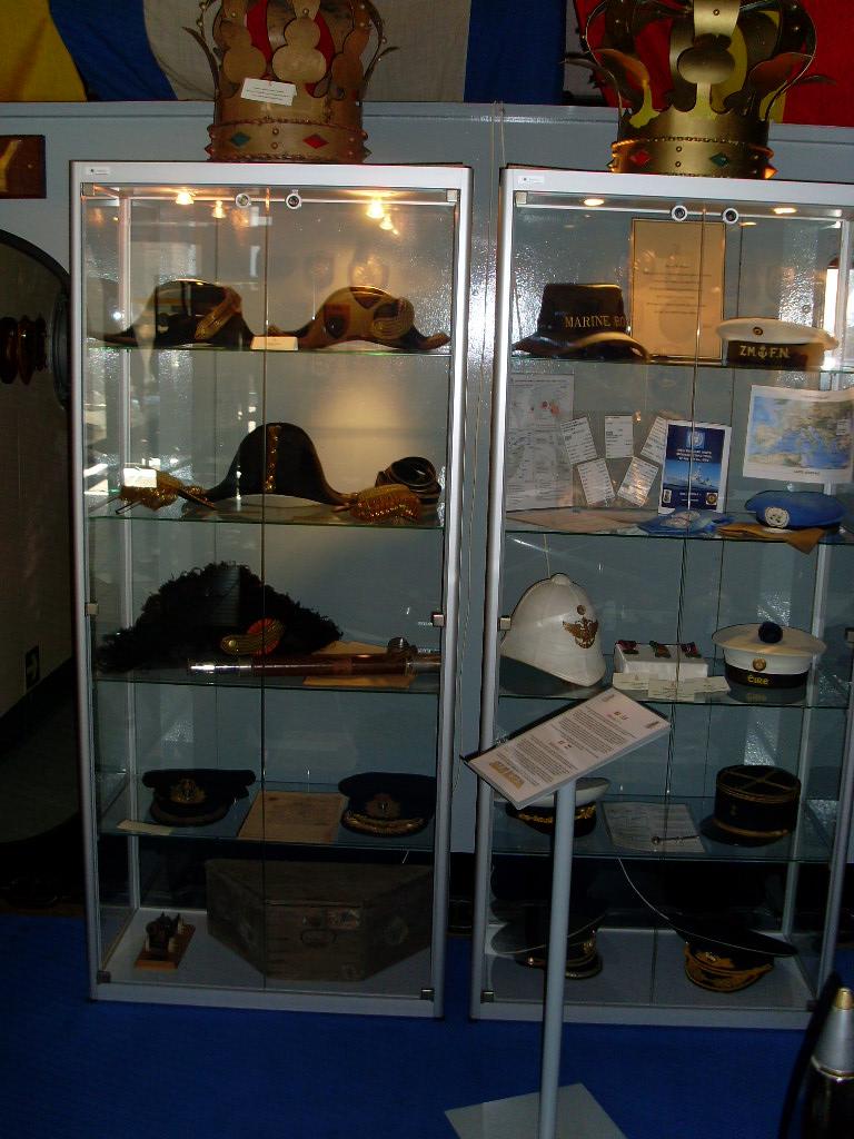 UN PETIT TOUR DANS LE PETIT MUSEE DE ZEEBRUGGE 02610