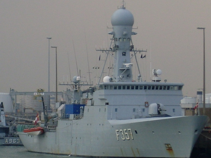 Zeebrugge naval base : news - Page 18 Sl371513