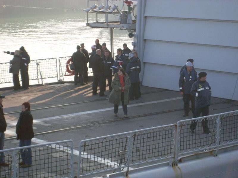 Journée des famille et départ pour Den Helder  Sl373918