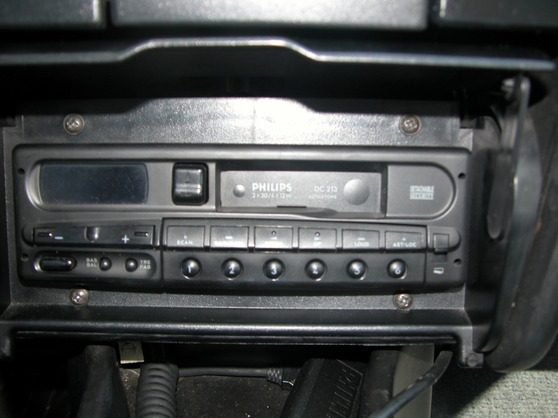 Comment installer un autoradio récent sur BX? Dscn0115