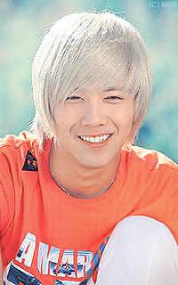 Lee Hong Ki Kik110