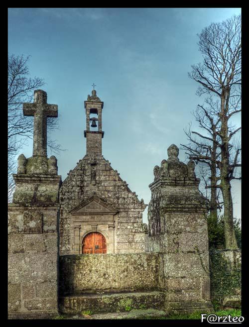 La petite chapelle... P1040111