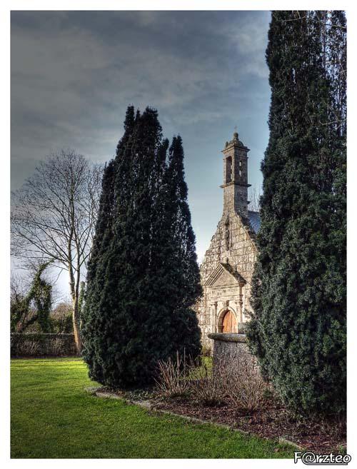 La petite chapelle... P1040113