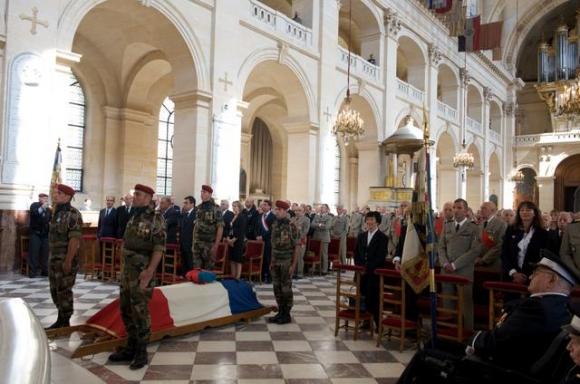 les cérémonies en hommage au général Marcel BIGEARD 10422011