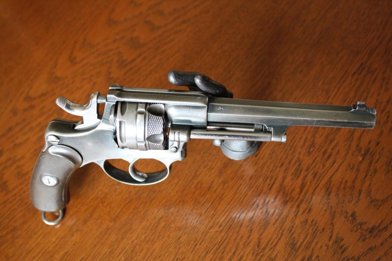revolver suisse? Img_0011