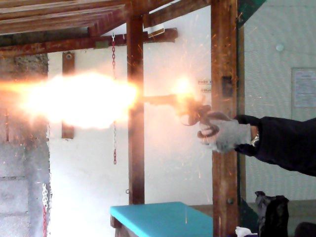 Photos de vos armes au moment du tir Vlcsna10