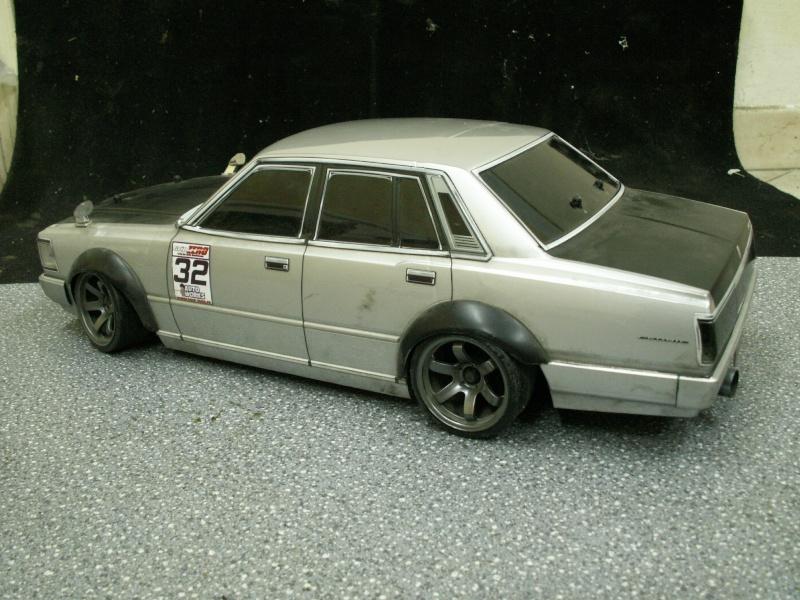 [ HPI e10 / RS4] '68 CHEVY Camaro / NISSAN Cedric - Page 2 Cedric11