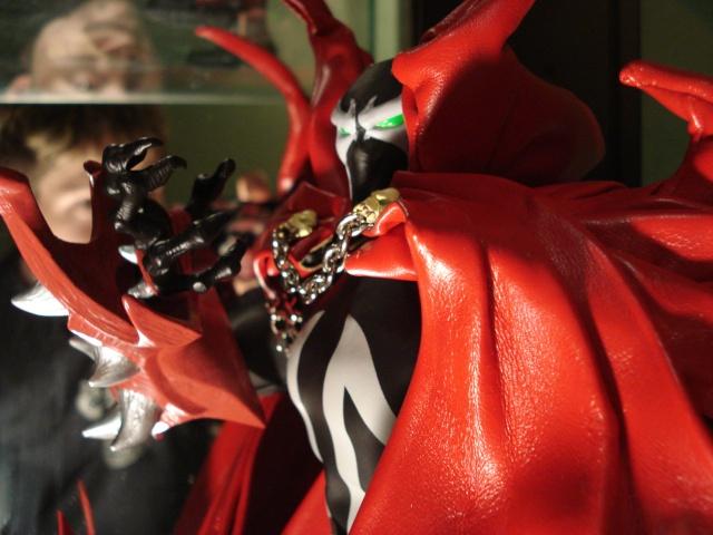 collec redfield MAJ 20/04/11 ->  Predator Family Dsc02611