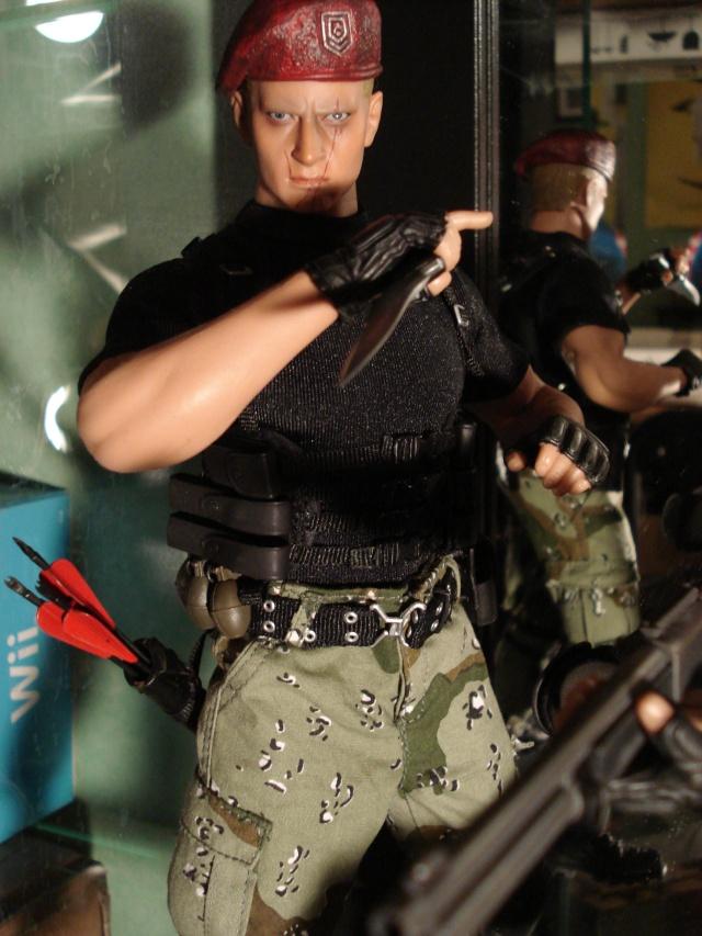 collec redfield MAJ 20/04/11 ->  Predator Family Dsc02616