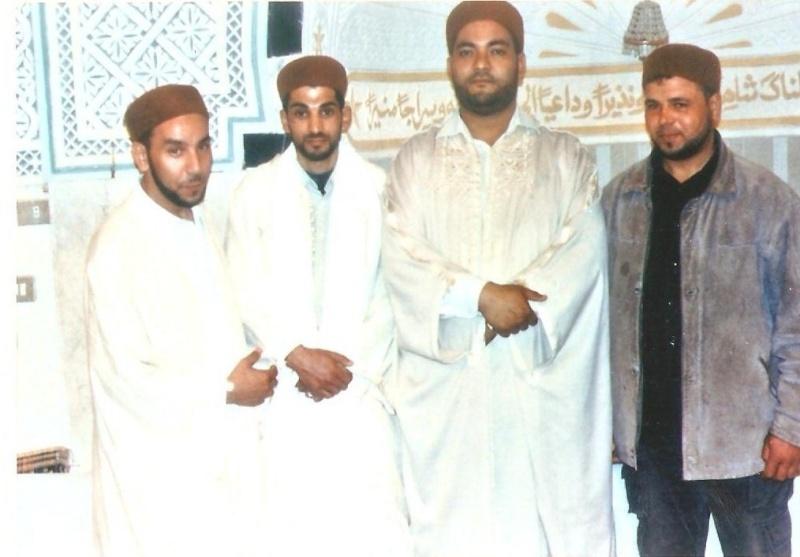معرض لصور الإخوة الفقراء حفظهم الله ورحم الموتى منهم 001ez010