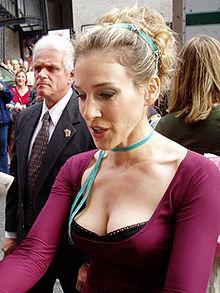Quelle actrice pour incarner Marie Antoinette ? - Page 4 220px-10