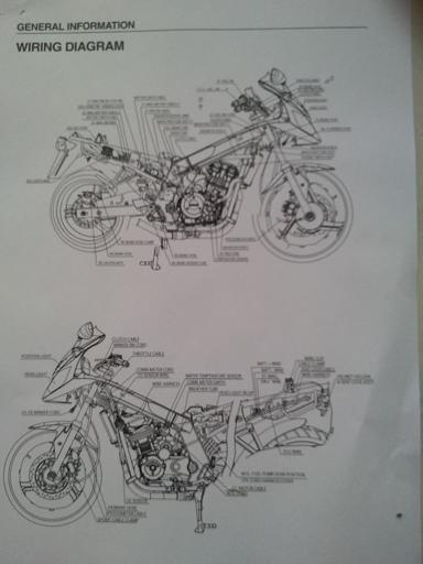 moto pas banale... - Page 2 2011-011