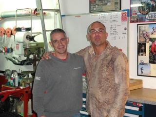 Qui est sur la photo avec Josep? Dsc00110