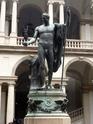 Prenons un peu d'Italie (Gênes - Turin - Milan) - Page 3 P1100038