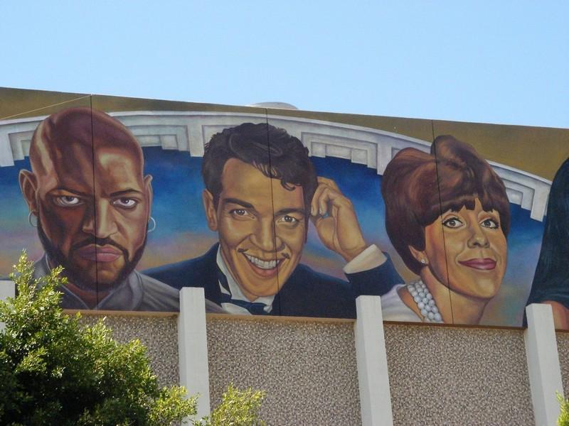 STREET VIEW : les fresques murales - MONDE (hors France) - Page 3 11689410