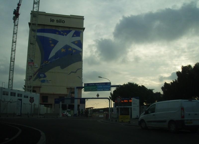 STREET VIEW : les fresques murales en France - Page 4 17973610