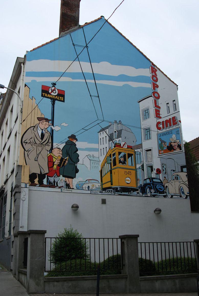 Les parcours BD de Bruxelles, Laeken et Anvers - Page 3 23587010