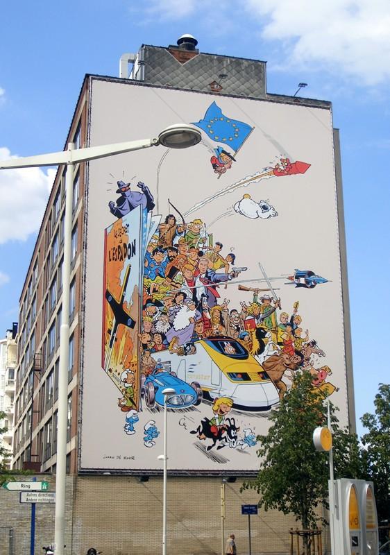 Les parcours BD de Bruxelles, Laeken et Anvers - Page 5 26048410