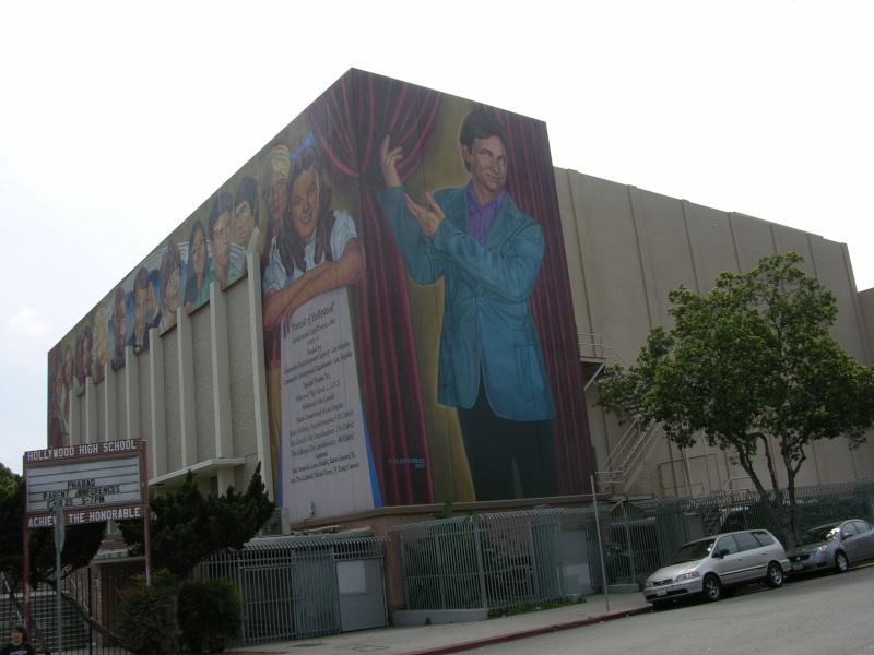 STREET VIEW : les fresques murales - MONDE (hors France) - Page 3 34701910