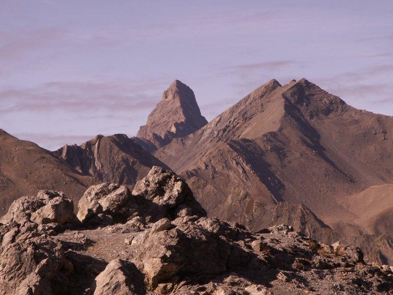 La Route des Grandes Alpes - Page 14 Aiguil10