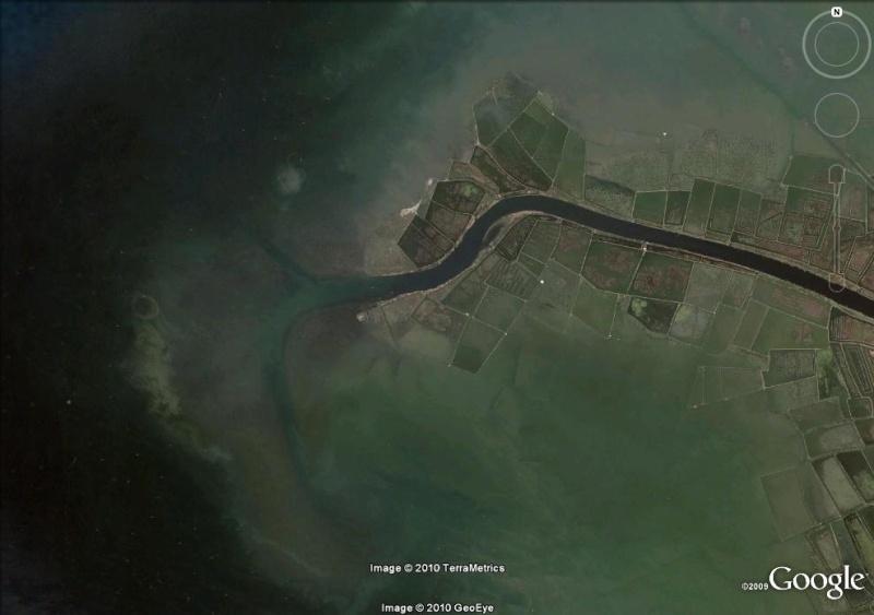 Le fleuve Citarum (Indonésie), le plus pollué du monde Embouc11