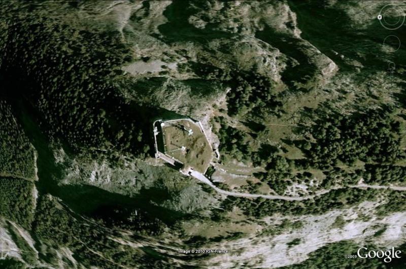 La Route des Grandes Alpes - Page 14 Fort_t10