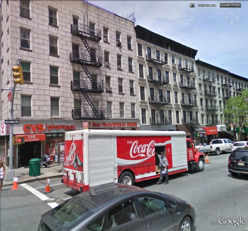Coca Cola sur Google Earth - Page 4 Ny_coc10
