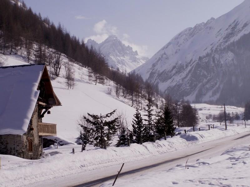 La Route des Grandes Alpes - Page 14 Pict0056